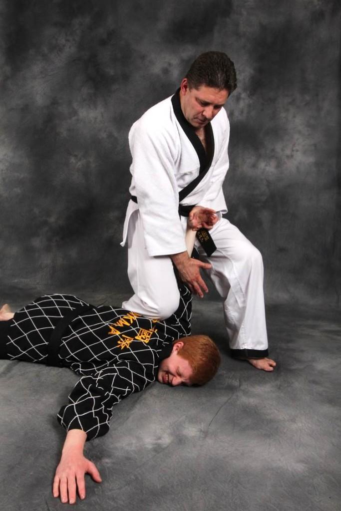 Alain-Burrese-Hapkido-Takedown-001